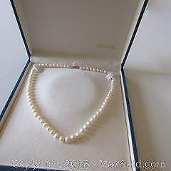 14K claps Pearl necklace