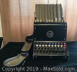 Antique Theatre Cashier Change Machine