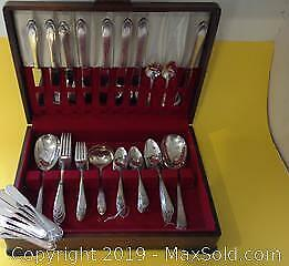 Rogers Lovelace silver plated flatware. 61 pieces.