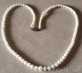 Vintage Akoya Cultured Pearl Necklace 16.5 inches