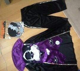 Kids Halloween / Dress Up Clothes. Age 5-6 years.