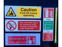 JOBLOT - x 55 VARIOUS SIGNS - HEALTH & SAFETY SMOKING FIRE OFFICE RETAIL INDUSTRIAL BUSINESS WARNING