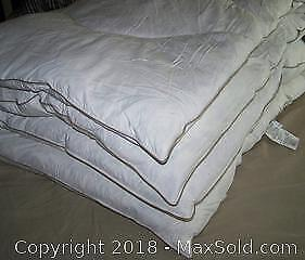 Duck Feather/Bamboo Mattress Topper King Size - B