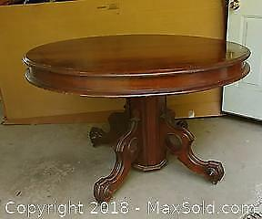 Antique Victorian Round Walnut Dining Table
