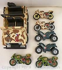 COLLECTION OF VINTAGE G.I. JOE TOYS