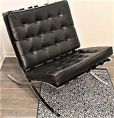 Vintage Mid-Century Modern Leather Industrial Argentina Barcelona Chair