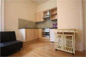 Studio flat in Buckland Crescent, Primrose Hill, London NW3