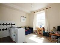 1 bedroom flat in Queens Gardens, Paddington, W2