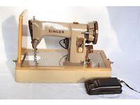 Vintage Singer Sewing Machine 185K