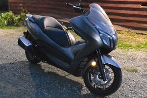2014 Scooter - Moto Honda Forza