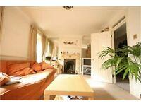 3 bedroom flat in Highbury New park, Highbury