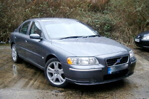 VOLVO S60 SE D5 185 BHP E4 STUNNING GREY DIESEL TURBO 1 OWNER FROM NEW FSH