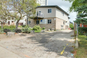 348 Spruce Street - Student Room House for Rent
