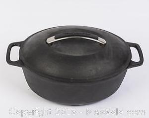 Large KITCHEN AID Cast Iron Dutch Oven with Lid