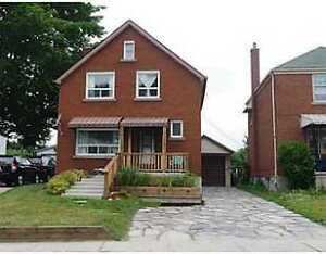 Fully Furnished Room for Rent Close to Kitchener Victoria Lake.