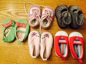 Lot of Infant Girl's Shoes -Size 2 -so cute!