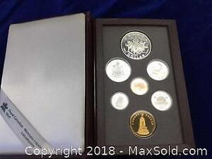Vintage Collectors Coins