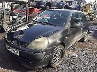 renault clio 2005 1.2 petrol black 3dr Breaking For Spares