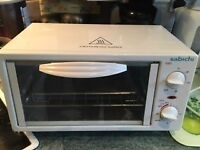 Sabichi Mini Oven/grill - ideal camping or small kitchen