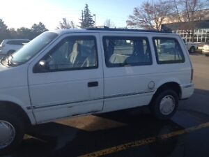 1993 Plymouth Voyager Minivan
