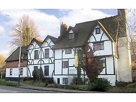 Single and Double Room to let in converted 18th Century pub.