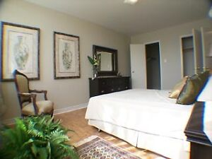 AvAiLaBlE! Huge & Spotless 1-Bed MaR 1st 2000 Sheppard W. M3N