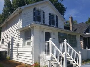 NEW PRICE! Centrally located 2 bedroom doll house!