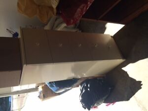 White Chest of 4 Drawers - Mint Condition - Lacombe