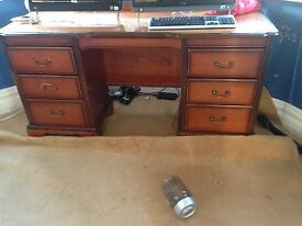 Wooden chest of drawers and Dressing Table -NEED CLEARING BY 15th DEC