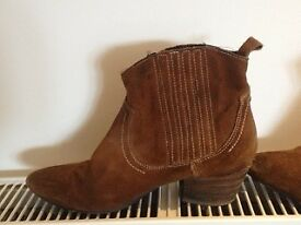 Italian leather short boots