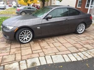 2010 BMW 3-Series Coupe (2 door)