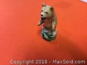 Early Rare Wade Grizzly Bear