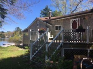 2 bedroom lakefront cottage Hubbards