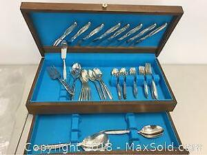 Rogers Silverware Set For 8 In Box