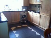 Room available in lovely family home in Peckham - only 200 deposit. Available from 12th Feb