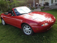 Check out this 1990 Miata with ONLY 57,000 KMS!