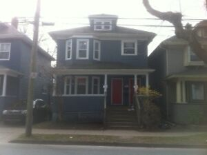 2 BDRM FLAT on JUBILEE very close to DALHOUSIE