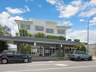 Professional Retail Office – full or sublease (30 to 70 sqm)