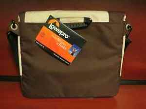 """Lowepro Notebook Computer Bag - fits most 14"""" Laptops NEW"""