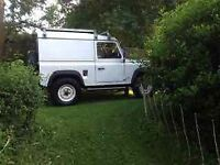 5 Land Rover Kumho Road Venture MT Tyres and Cream/white wheels