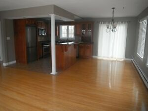 Gorgeous Home for Rent in Millidgeville FREE MONTH!