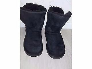 Kids black UGGS Size 10.5, very clean. Buttons are missing. I have other items for sale.