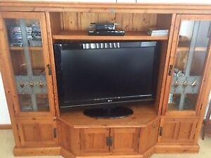 TV cabinet Warnbro Rockingham Area Preview