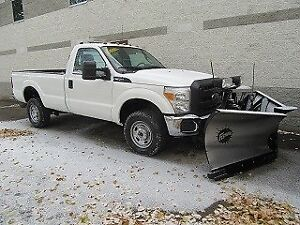 2016 Ford F-350 REG CAB 4X4 DIESEL WITH 8 1/2 FT V PLOW