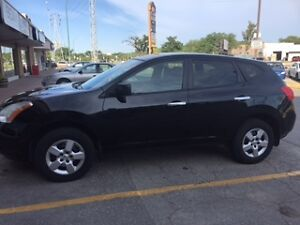 **REDUCED**2010 Nissan Rogue SUV, Crossover