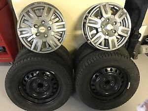 Set of 4 Michelin Winter Tires 220/60 R17 with rims/caps
