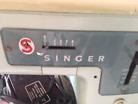 Vintage Singer Sewing Machine - needs reconditioning £20