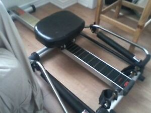 PRECOR 620 EXCELLENT CONDITION ROWER...ROWING MACHINE