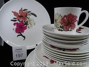 Wedgwood Susie Cooper Dinnerware in Prairie Lilly Pattern
