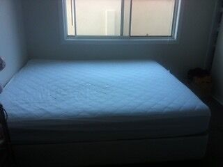 King sized bed for sale. Palm Beach Gold Coast South Preview